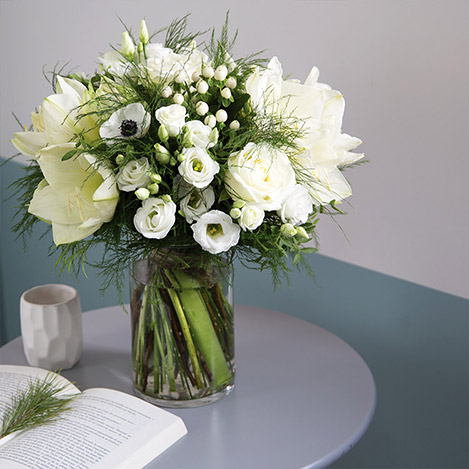 Collection Hiver> -WHITE COCON XXL ET SON VASE -